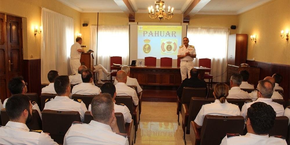 Visita del Presidente del PAHUAR a la delegación de Las Palmas